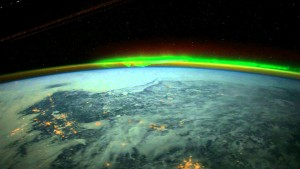 Aurora propagation